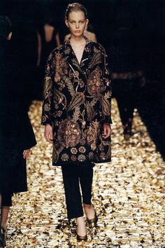blackhallmanor:    Dries Van Noten Autumn/Winter 2006 Wool embroidered with silk and metal yarn