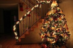 Image via We Heart It https://weheartit.com/entry/146641985 #beautiful #christmas #christmastree #dreams #lights #merrychristmas #tree #winter