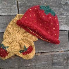 de135d01d54 Bonnet bébé laine écharpe laine tricot layette cadeau noël bébé