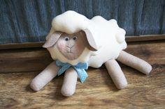 Овца Нежка