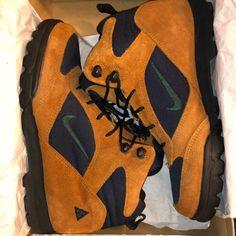 official photos 1df2d e3f70 Nike ACG Shoes   Vintage Nike Acg Boots Size 9 (27cm)   Color  Blue Orange    Size  10