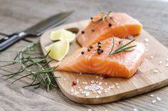 Met deze simpele truc wordt je gebakken vis véél lekkerder - Culy.nl