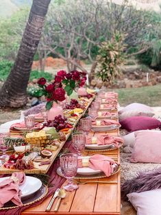Picnic Set, Picnic Style, Backyard Birthday Parties, Birthday Brunch, Picnic Party Decorations, Wedding Picnic, Boho Wedding, Picnic Weddings, Bohemian Weddings