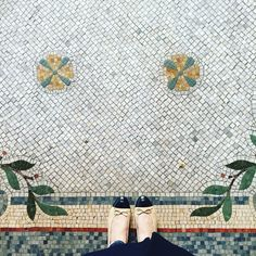 How Many Gentle Flowers Grow In An English Country Garden. #ihavethisthingwithfloors#ihavethisthingwithtiles#ihaveathingforfloors#amazingfloorsandwanderingfeet#carrelage#design#fromwhereistand#fwis#igers#instagood#jj#lookyfeets#lookingdown#pattern#paris#mosaic#singaporegypsy#selfeet#shoefie#floors#tiles#tileaddiction#viewfromthetop#chanelshoes by singaporegypsy