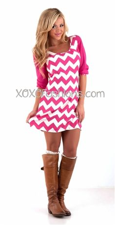 love love love this fuchsia and white chevron print dress! #chevron #chevronprint #chevrondress #pink #fuchsia #white #pinkchevron #fall #fallfashion #style #trendy #trendydress #love #model #blonde #girl #xoxo #style #fallstyle #fuchsiachevron #chevrondesign #trendychevron