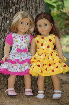 Dolls World: Summer dresses :) American Girl Dress, American Girl Crafts, American Doll Clothes, Ag Doll Clothes, Doll Clothes Patterns, American Dolls, Doll Patterns, Quilt Patterns, Bitty Baby Clothes