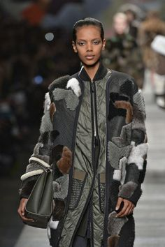FENDI http://infurmag.com/collections-2/2013-2014/ready-to-wear/autumn-winter-2014-3/milan/fendi/
