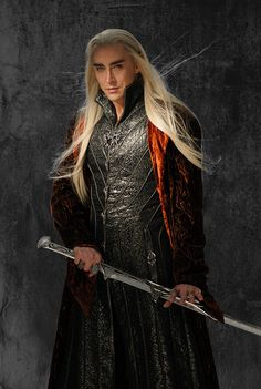 OMG << where are all these beautiful new Thranduil stills COMING from all of a sudden?KEEP THEM COMING. I already miss Middle-earth so much! (Psssst, Tolkien fans, keep the interest in Thranduil alive and maybe we can show PJ and Hollywood that there's a demand for Thranduil movies! I would love to see War of the Last Alliance and War in the North!)