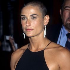 13 Demi Moore shaved head - gorgeous women with shaved heads