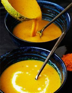 10 winter soups less than 300 calories - Find the recipe for caramelized cauliflower and sesame soup. Slimming advice: sesame seeds, which a - Lunch Recipes, Healthy Dinner Recipes, Soup Recipes, Vegan Recipes, Cooking Recipes, Winter Soups, Soups And Stews, Food Videos, Love Food