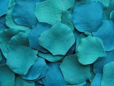 500 Silk Rose Petals Turquoise Blue by LittleThingsFavors on Etsy, $20.00