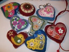 chaveiros de coração de Feltro