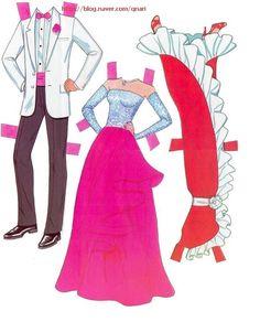 만인의 여인 사랑스런 바비와 약간 부담스러운 켄이에요~ 화려한 드레스두 너무 예쁘죠~ ^^*