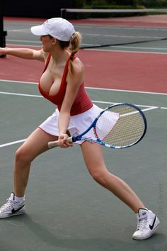 Simply shannon twins nude on tennis court think