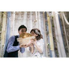 結婚式の新演出!大きなクッキーを使ったファーストバイトとは? | marry[マリー]