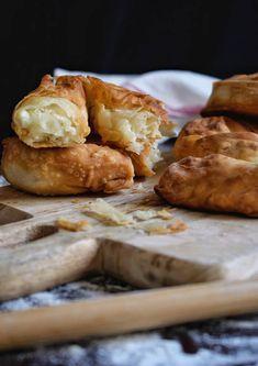 Σκοπελίτικη τυρόπιτα -συνταγή και μυστικά - Just life Bread, Food, Brot, Essen, Baking, Meals, Breads, Buns, Yemek