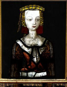 The pope granted a dispensation for John Lackland Plantagenet to marry his first wife Isabella of Gloucester, as they were both great-grandchildren of Henry I. Their marriage was annulled in 1199, and Isabel never became queen.