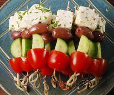 Χωριάτικη σαλάτα σουβλάκι από την Αργυρώ Μπαρμπαρίγου!