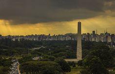 """Ver São Paulo por um ângulo diferente do habitual é uma experiência fascinante. Confira esses nove """"mirantes"""" para fazer isso sem precisar gastar nada."""