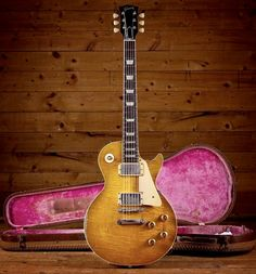 "Bernie Marsden's 1959 Les Paul Standard ""The Beast"" 1959 Gibson Les Paul, Les Paul Guitars, Les Paul Standard, Body Electric, Vintage Guitars, Cool Guitar, Musical Instruments, Bass, Porn"