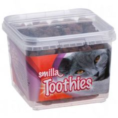 Smilla Toothies are highly effective oral care snacks in a resealable packet. Developed by leading pet nutrition experts, for daily dental care. Dental Hygiene, Dental Health, Dental Care, Best Dental Implants, Tartar Removal, Teeth Shape, Heart Function, Animal Nutrition, Plant Fibres