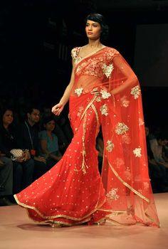 Bhairavi Jaikishan red saree