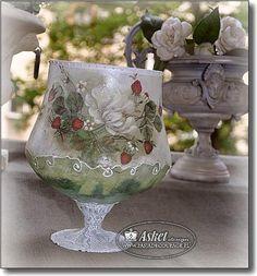 Christmas Decoupage, Napkin Decoupage, Glass Jars, Planter Pots, Napkins, Shabby Chic, Vase, Bottle, Crafts