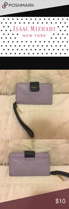 Isaac Mizrahi lilac/navy wristlet Isaac Mizrahi: used wristlet. Cellphone slot, Picture ID slot, four credit card holders. iPhone 5 5 S wallet case ID Cybil collection lilac/navy Isaac Mizrahi Bags Clutches & Wristlets