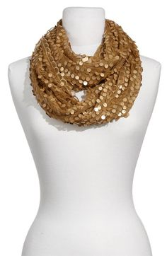 Love this fancy scarf!