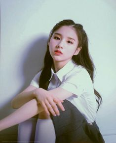 Singing In The Rain, Olivia Hye, Lee Know, These Girls, Clear Skin, Girl Pictures, Kpop Girls, Photo Book, Ulzzang