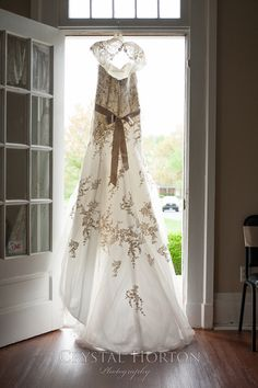wedding dress, fit and flare, cream sash, ivory sash, shoulder sleeve, lace detail, country dress, dress in door