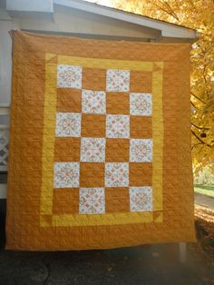 Hues of Gold Queen Size Quilt by HennyPennyPrimitives on Etsy, $350.00.