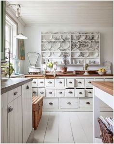 Lovely kitchen shabby chic ideas as shabby chic kitchen table and chairs with good inspiration ideas for your Modern Kitchen Designs so it looks nice and interesting 6