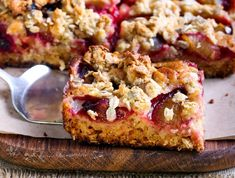 Sour Cream Rhubarb Coffee Cake will become your go to afternoon tea cake. Filled with tart chunks of fresh rhubarb and topped with an almond streusel. Rhubarb Coffee Cakes, Rhubarb Cake, Cinnamon Recipes, Rhubarb Recipes, Fall Desserts, Delicious Desserts, Paleo Sweets, Easy Cake Recipes, Dessert Recipes