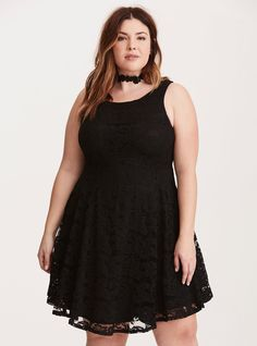 """<div>You've got yourself a new dancing partner with this black lace dress. The form-fit scoop style keeps you covered with a matching solid slip, while the A-line silhouette paired with a flared skirt has """"just dance"""" written all over it (not literally). Zip back (literally).</div><div><br></div><div><b>Model is 5'9"""", size 1<br></b><ul><li style=""""list-style-position: insid..."""