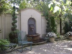 classic fountains | Classic Patio with Wall Fountain
