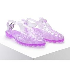 Forever21 Strappy Jelly Sandals ($13) ❤ liked on Polyvore featuring shoes, sandals, purple, jelly sandals, forever 21 sandals, platform shoes, low heel shoes and strap sandals