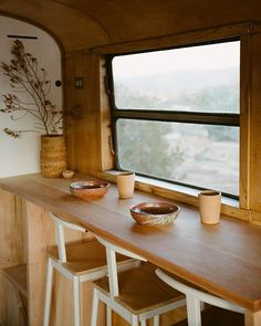 If you have decided to hire a great interior designer for your Airstream, then you should ask for referrals from your friends and family members who own Airstreams Airstream Remodel, Airstream Renovation, Airstream Interior, Trailer Remodel, Caravan Interior Makeover, Airstream Trailers, Bus Living, Tiny House Living, Caravan Vintage