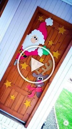 In this DIY tutorial, we will show you how to make Christmas decorations for your home. The video consists of 23 Christmas craft ideas. Diy Projects For Teens, Diy For Teens, Easy Diy Projects, Large Christmas Baubles, Diy Christmas Ornaments, Diy Crafts Videos, Easy Crafts, Diy Wall Shelves, Homemade Crafts
