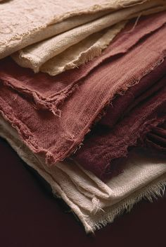 Trend and colour forecasting Fabric Photography, Clothing Photography, Fabric Textures, Textures Patterns, Casamance, Brown Aesthetic, Wabi Sabi, Home Textile, Linen Fabric