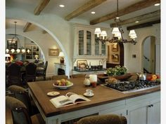 Rhythmic Arches: Great Rustic Italian Kitchen Design - Home and Garden Design Idea's
