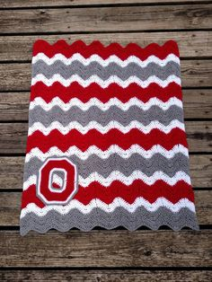 Check out this item in my Etsy shop https://www.etsy.com/listing/244673642/ohio-state-crochet-chevron-baby-blanket