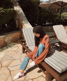 Modern Hijab Fashion, Hijab Fashion Inspiration, Muslim Fashion, Cute Fashion, Modest Fashion, Fashion Outfits, Casual Hijab Outfit, Ootd Hijab, Hijab Chic