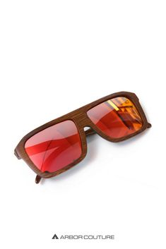 68eb161f0d Premium sunglasses with rectangular frame made from 100% bamboo