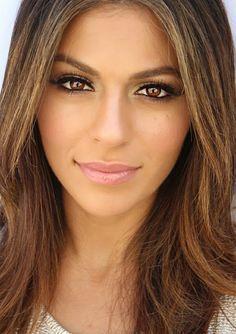 Brown Eyes, Natural Makeup, Hair Colors, Bridal Makeup, Hair Makeup, Pretty Makeup, Wedding Makeup, Makeup Idea