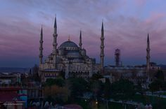 Masjid Sultan Ahmed Blue Mosque  The Beauty and Serenity of Istanbul at Dawn