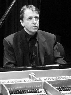 Robert Andres, piano