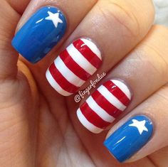 We can't help but think that Captain America would approve of this manicure. Source: Instagram user fingerfondue