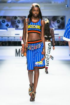 Baseball-striped jerseys and sweats splashed with hip-hop Looney Tunes characters were a staple in the Moschino fall 2015 collection. (Photo: Nowfashion)