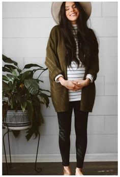 Maternity Romper, Casual Maternity Outfits, Stylish Maternity, Maternity Tops, Maternity Styles, Winter Maternity Clothes, Cute Maternity Style, Maternity Clothing, Maternity Photos